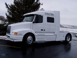 Custom toter trucks by powerhouse coach 2004 toter truck auto shift hook onto any semi goose neck rv or bumper pull trailer sciox Image collections